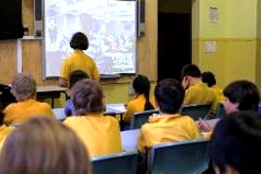 Students at North Sydney Demonstration School Skype with their sister school